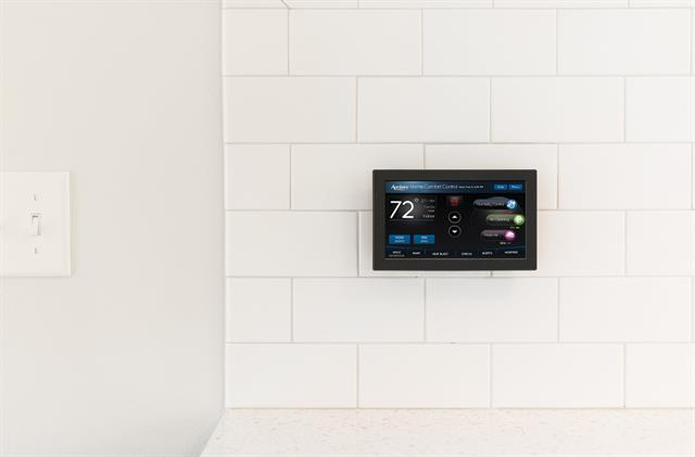 model-8840-home-automation-wifi-thermostat